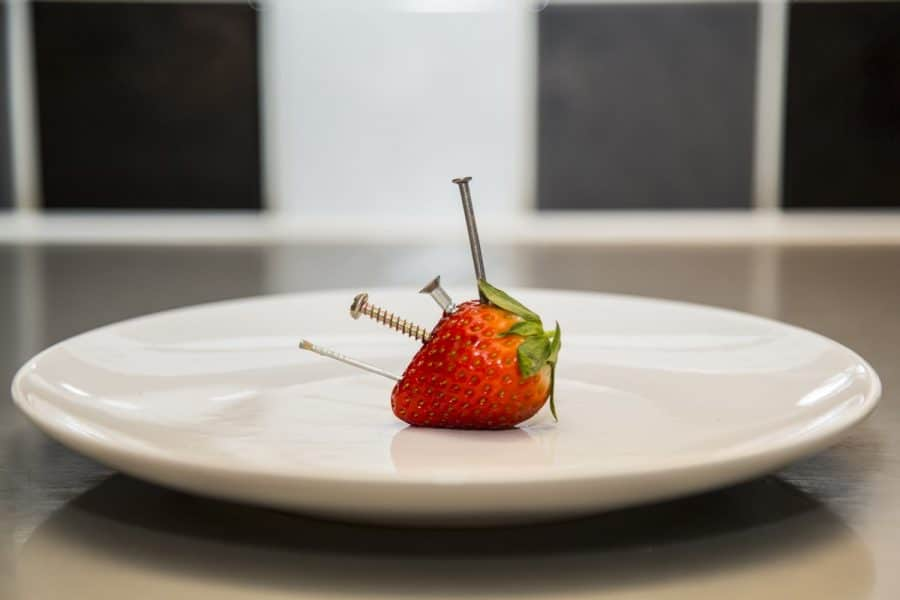 Metal in Strawberry