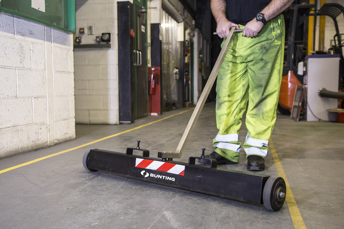 Bunting_Combi-Magnetic-Sweeper